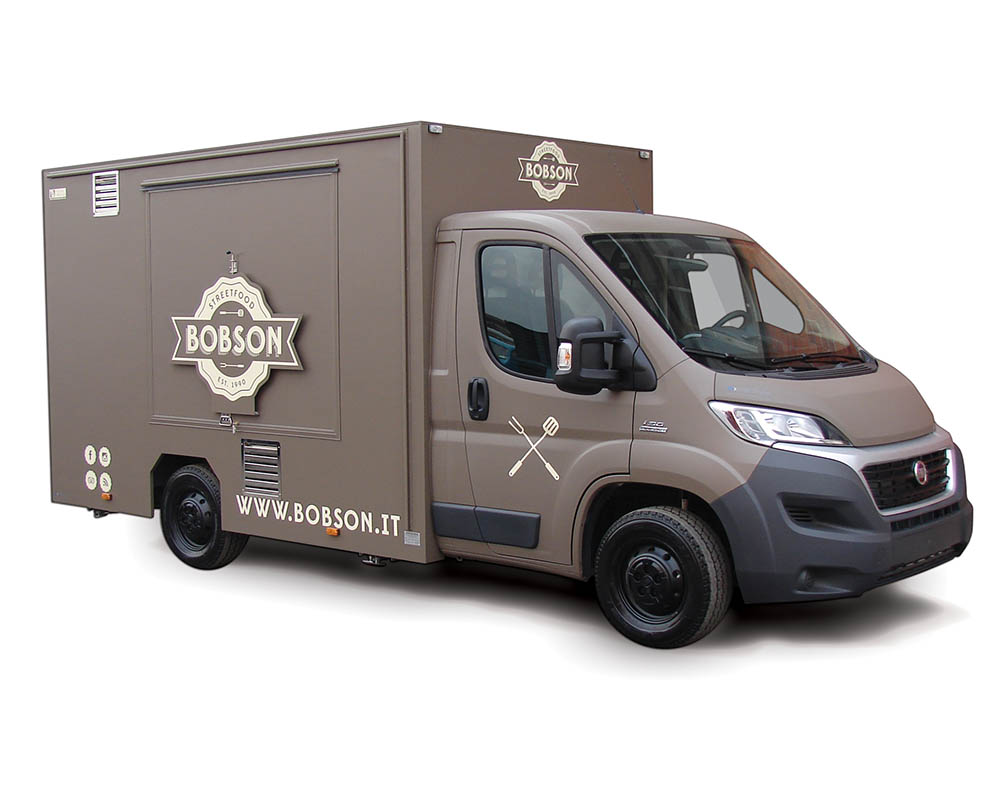 Fiat Ducato food truck Bobson for selling craft beers in Milan