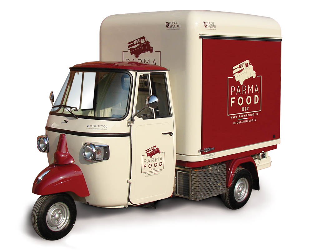 Piaggio Food Truck designed for vending cold cuts and cheese in Germany | Parma Food