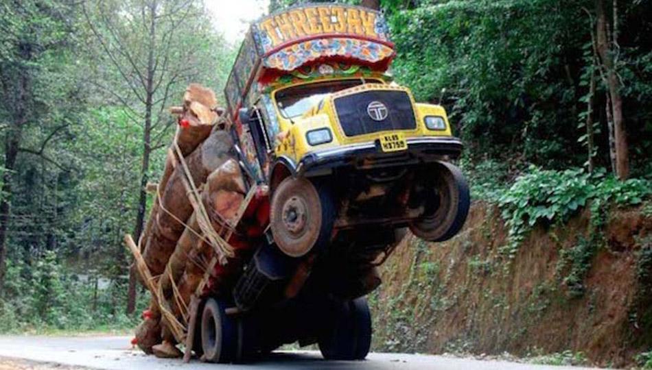 allestimento-food-truck-non-a-norma-01