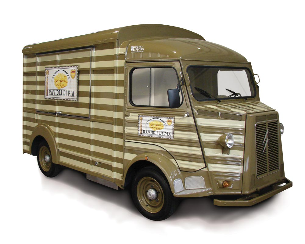 Vintage food truck based on citroen vending i ravioli di Pia