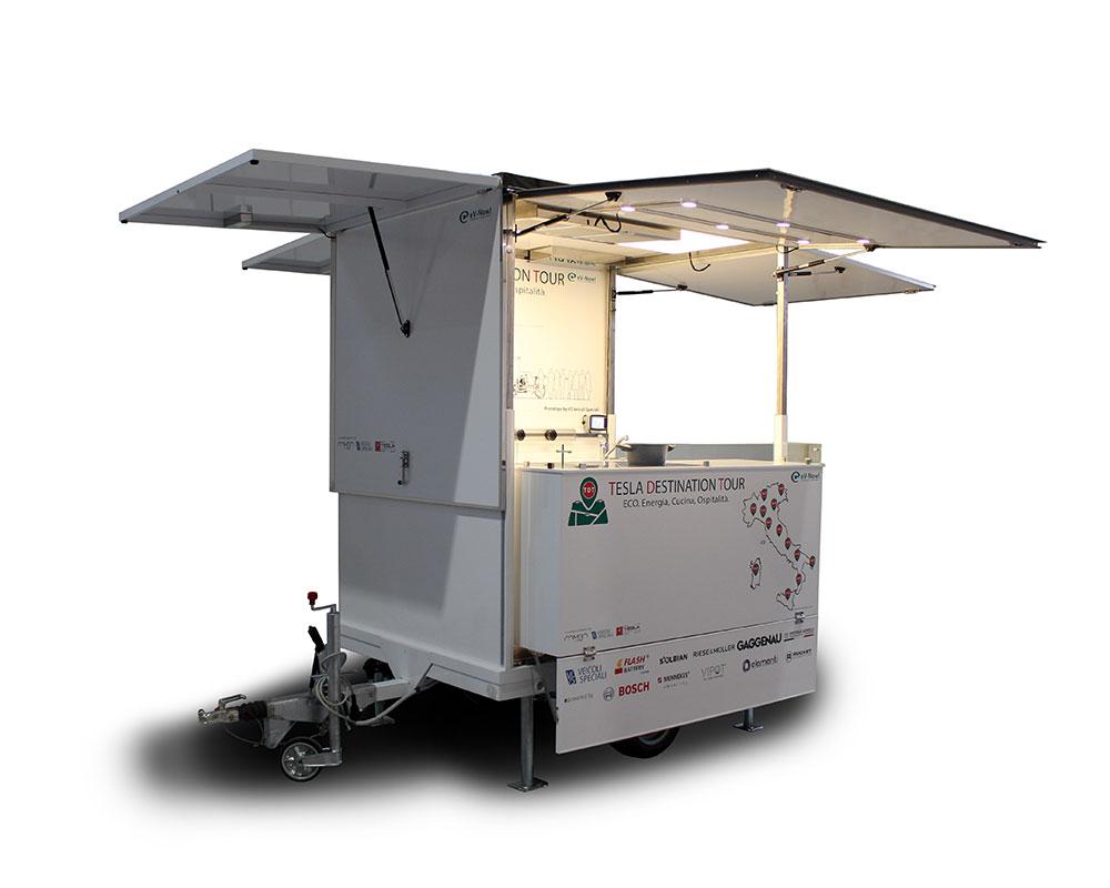 carrello food progettato per tesla e usato nel tour promozionale per spettacoli di cucina dal vivo