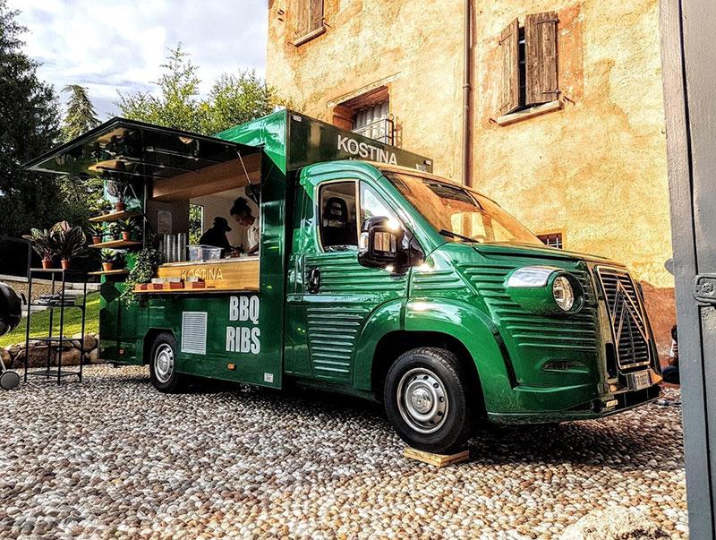 citroen jumper nuovo prodotto nel 2018 con kit di personalizzazione per trasformarlo in food truck vintage che rievoca il Citroën Type H anni '70