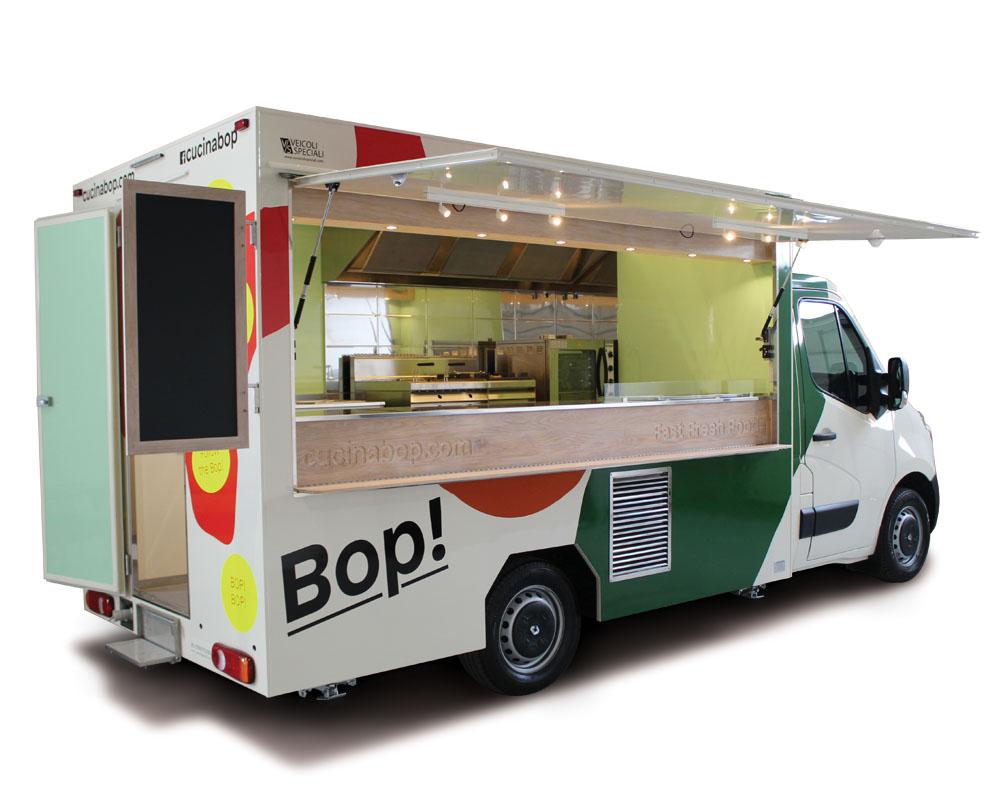 Food truck renault master per vendita piatti caldi in pausa pranzo