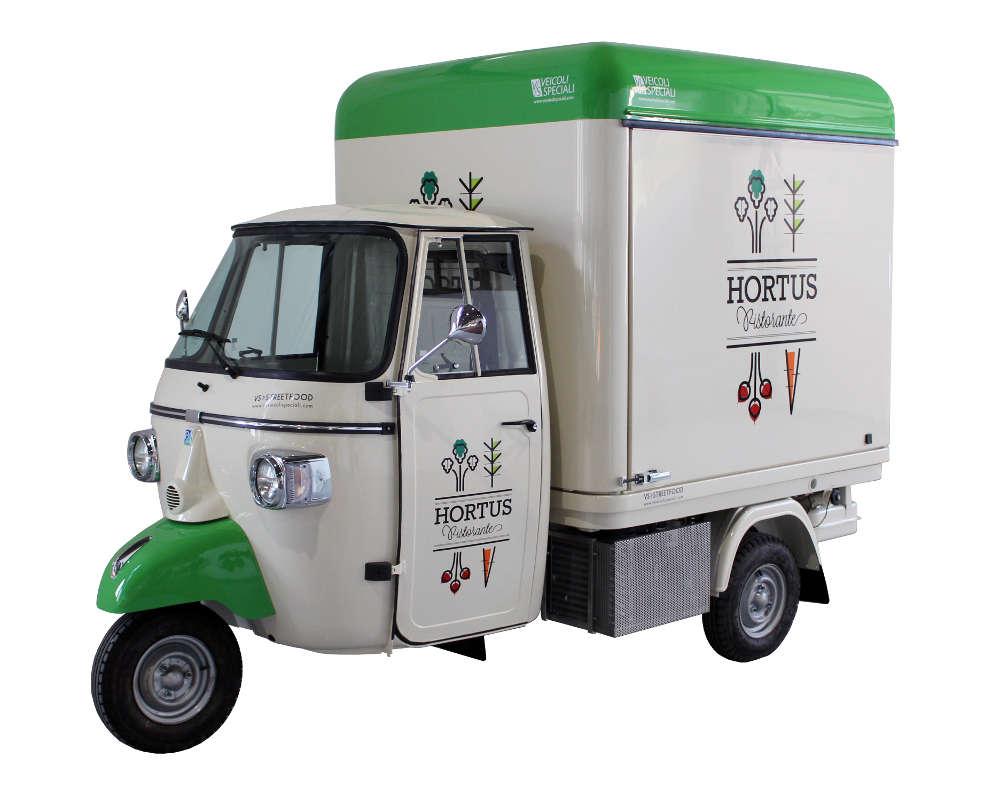 Restaurant végétarien mobile sur triporteur Ape - Hortus