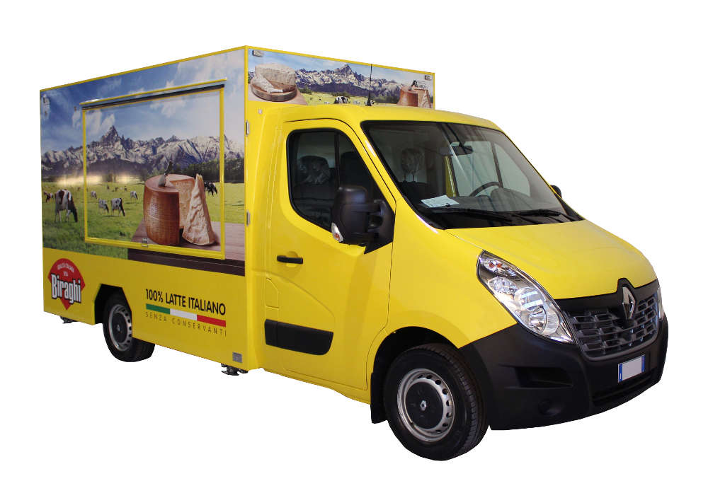 Renault Food Van to promote Biraghi brand in the streets