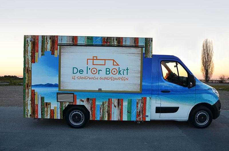 furgone food truck de lor bokit svizzera per vendita di sandwich tipici del Guadalupe