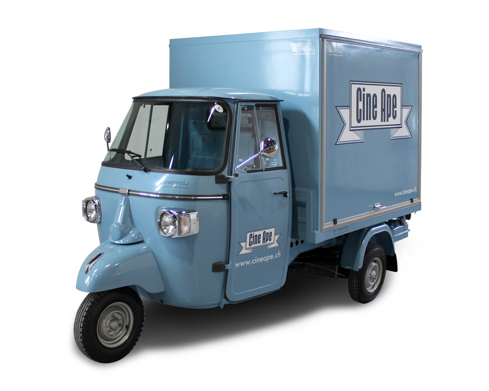 promo truck ape piaggio per cinema itinerante in svizzera
