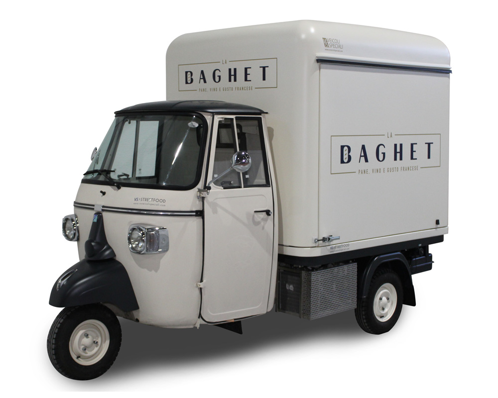 "piaggio itinerant bakery in Milan ""la baghet"""