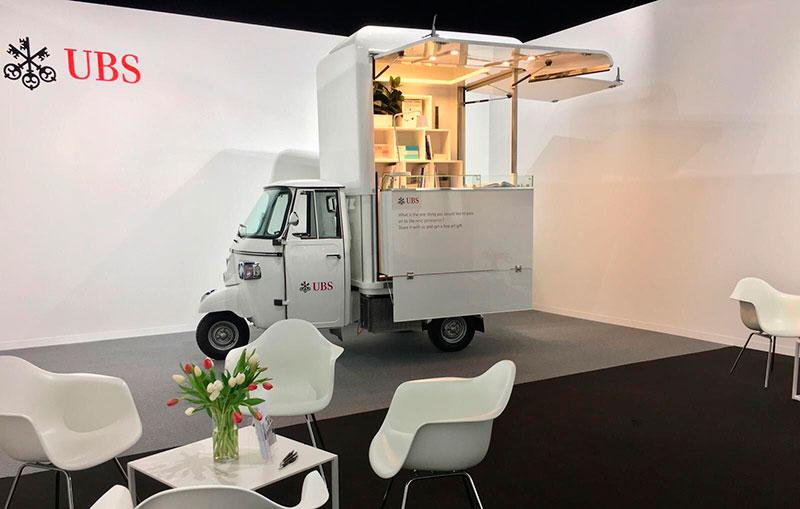 ape promo truck piaggio per evento aziendale banca ubs