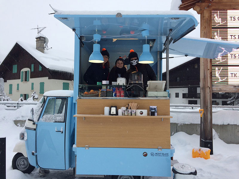 cafe alpin ape street food in inverno a Chamonix