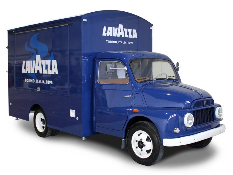 food truck fiat 616 lavazza per promozione caffè in Svizzera