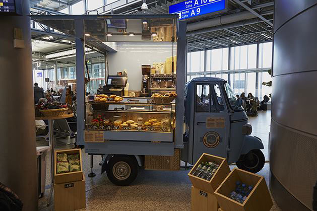 piaggio caviar house at geneva airport