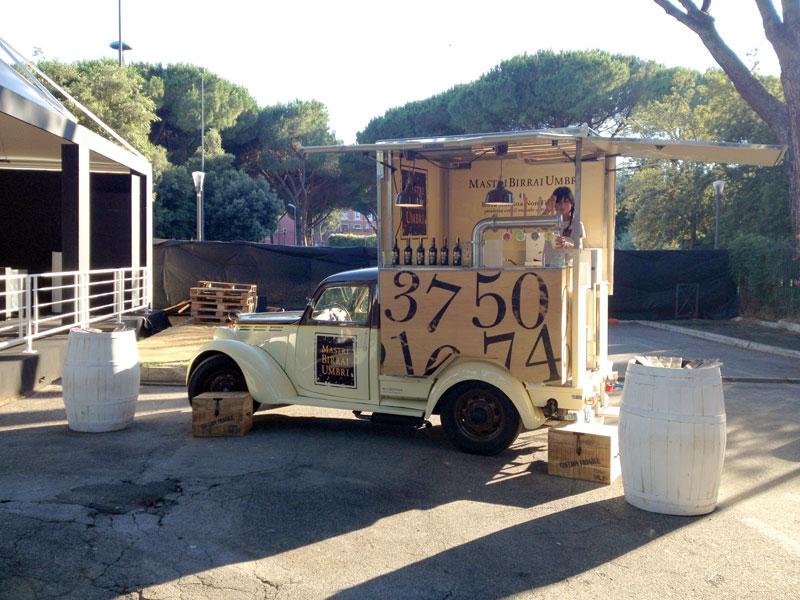 beer truck per promozione azienda mastri birrai umbri