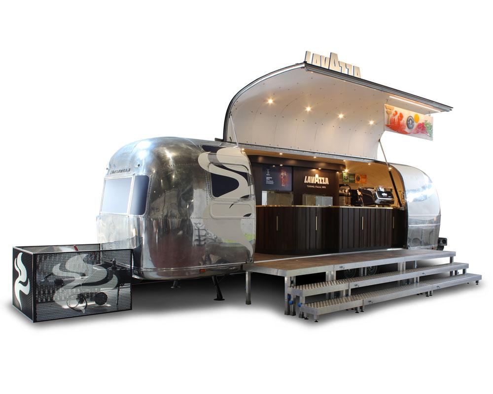 rimorchio caffetteria mobile airstream per azienda lavazza