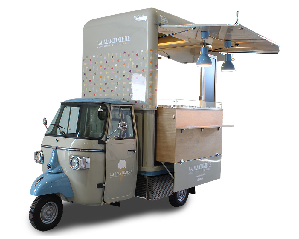 ape gelateria mobile la martiniere per la vendita ambulante di gelati e la promozione del marchio