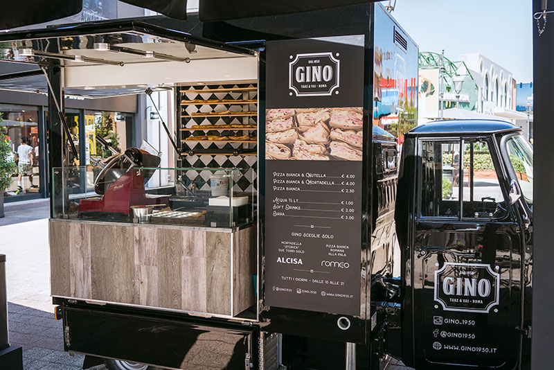 Ape tr piaggio gino 1950 a Rome - Food truck without engine designed to be places in commercial properties and enclosed buildings