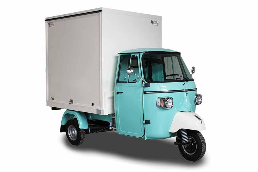 Ape Smart promo truck per marchio della moda Caramelo Milano