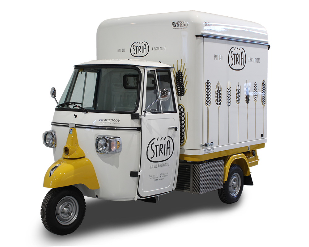 mobile bakery on three wheels piaggio ape van - forno stria in reggio emilia italy