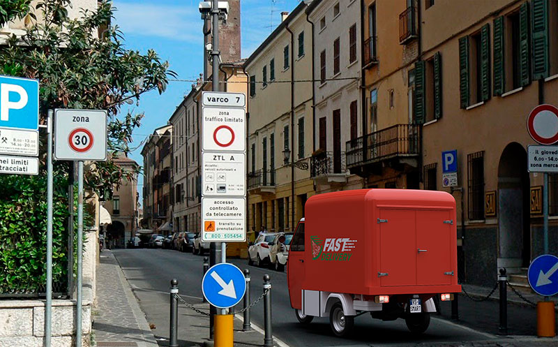 electric Piaggio Ape with delivery set-up for home deliveries, it guarantees excellent mobility in the city and historic centers