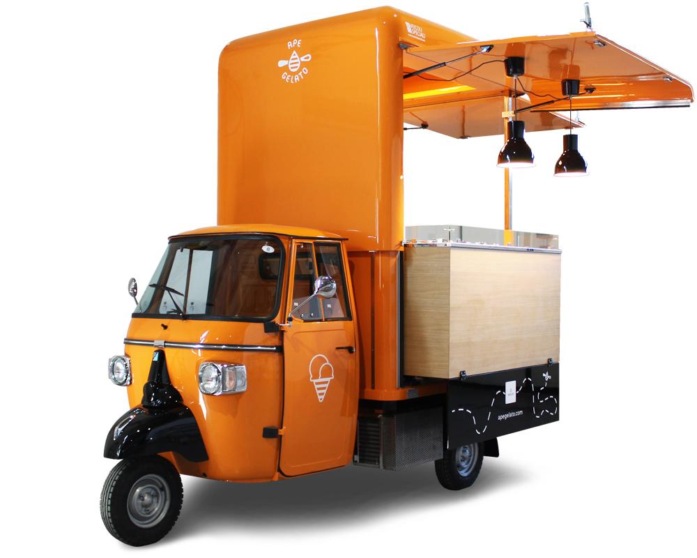 gelateria ambulante ape food truck piaggio di colore arancione