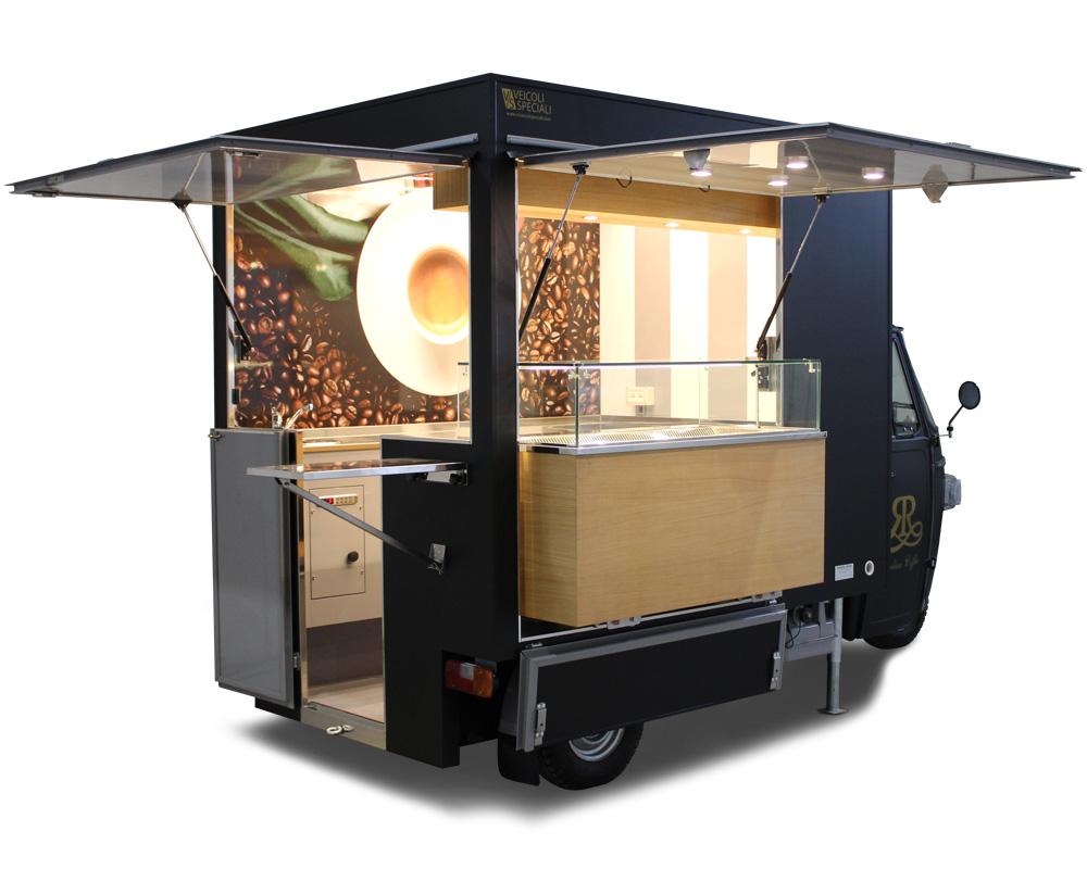 Ape caffè attrezzata con macchina da caffè professionale e vetrina refrigerata frontale per ristorazione mobile