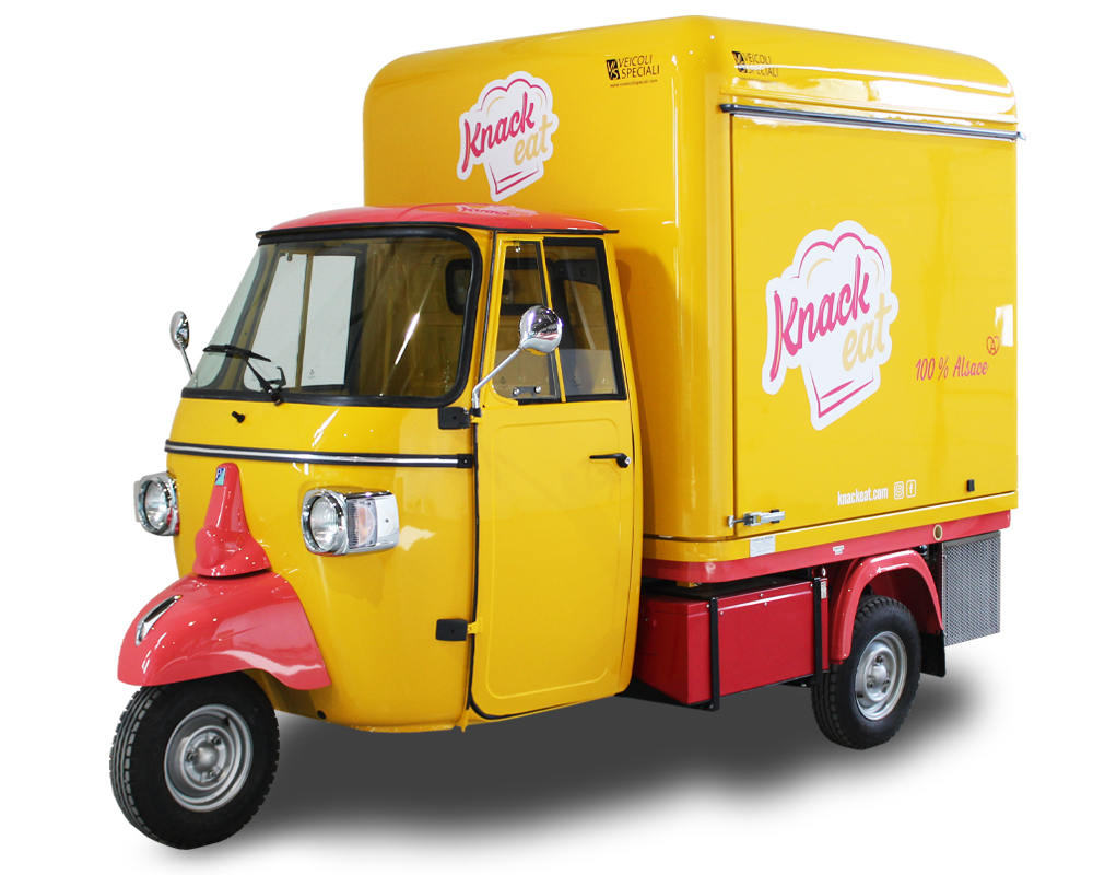 Piaggio Ape Electric Food Van | KNACK EAT alsatian sausages