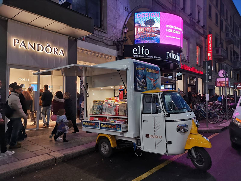 mobile newsstand promo truck piaggio tailor-made for the customer