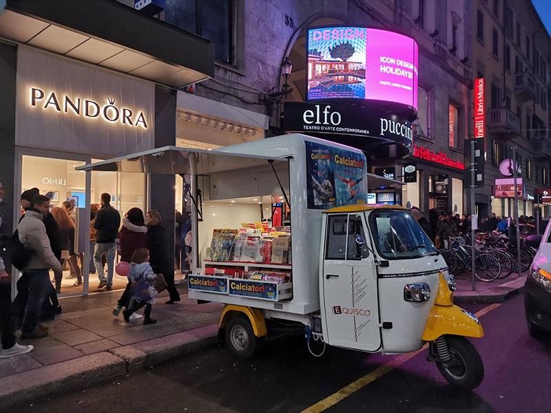 edicola ambulante promo truck piaggio progettato su misura per il committente