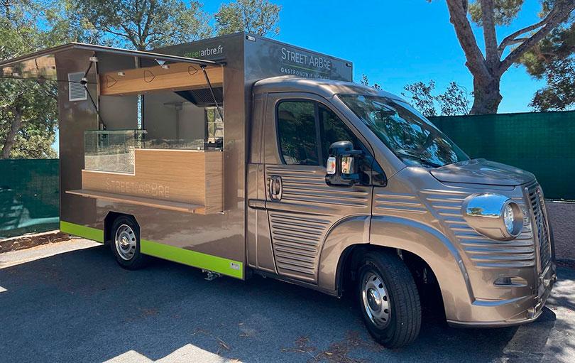 service traiteur avec nv food truck et street food à proximité sur la Côte d'Azur et à Bormes Les Mimosas