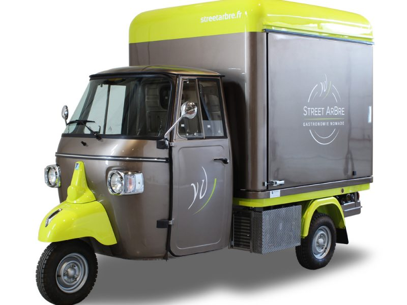 Food Catering Mini Truck | V-Curve® Piaggio Ape Van | Street ArBre